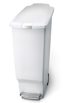 3. simplehuman 40 L / 10.6 Gal Slim Plastic Step Trash Can