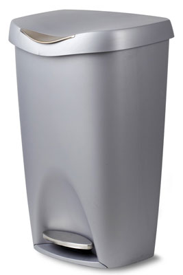 4. Umbra 13 Gallon Brim Step Waste Can