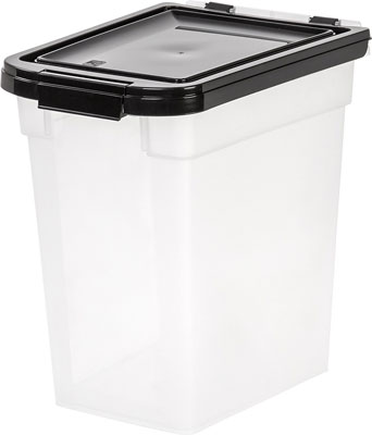 4. IRIS Nesting Pet Food Container (Medium)