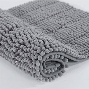 6. Cloud Mountain Microfiber Non-Slip Bath Rugs